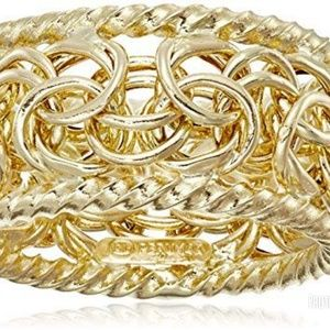💥NWT 14K Gold band *RARE FIND🔥Size 7